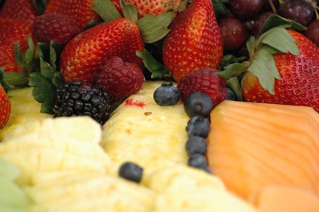 ovoce, salát