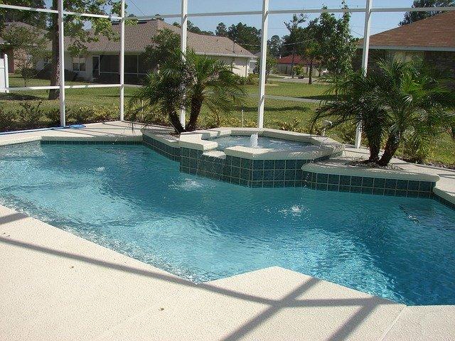 bazénové dlaždice